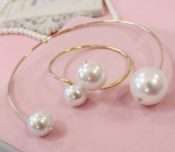Pearl Statement choker and Cuff Bangle Bracelet Set