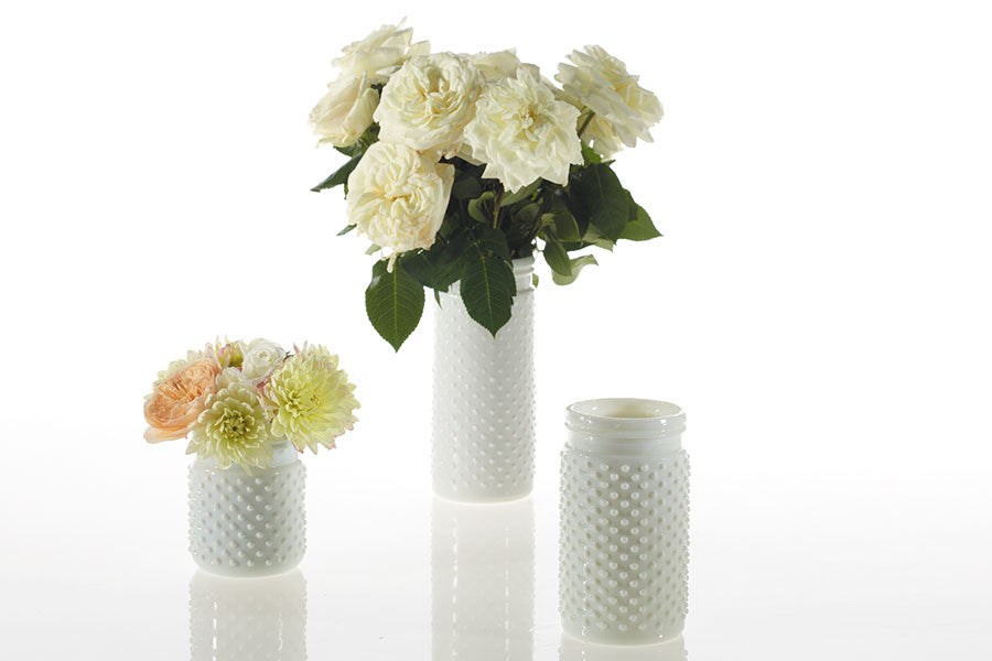 "32001.01 HOBNAIL JAR 4X8"" - WHITE - CS(12)"