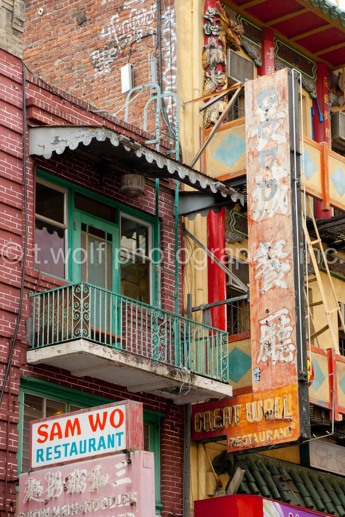 AI 018 - Chinatown Signs