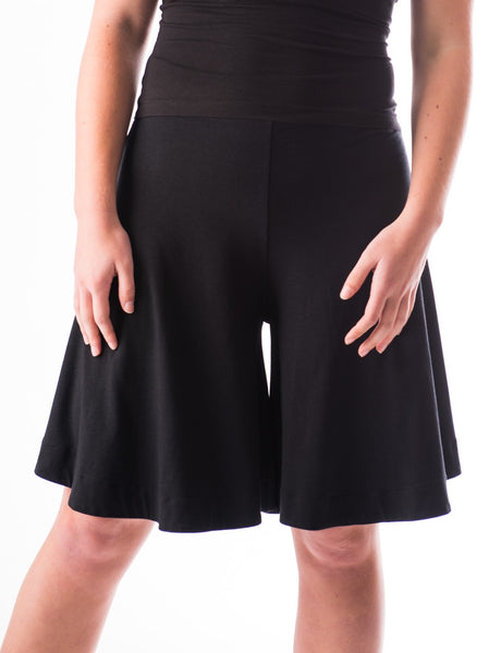 Tinute knee length flared skort in bamboo jersey