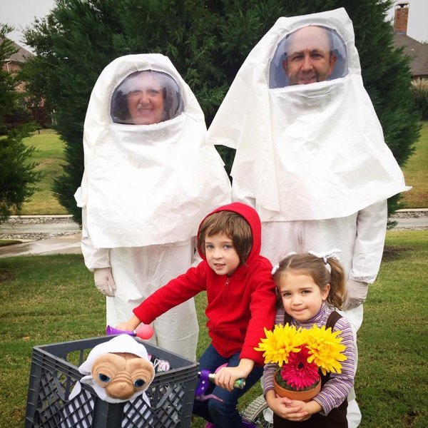 ET family halloween costume