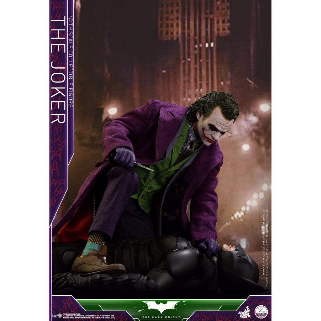 Hot Toys – QS010 – The Dark Knight– 1/4th scale The Joker (Regular Edition)