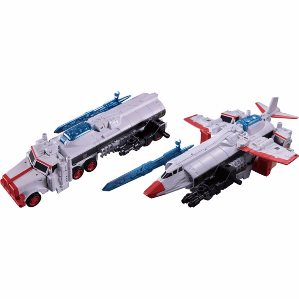 Street Fighter II X Transformers - Convoy (Ryu) vs Megatron (Vega) (TakaraTomy Mall Exclusive)