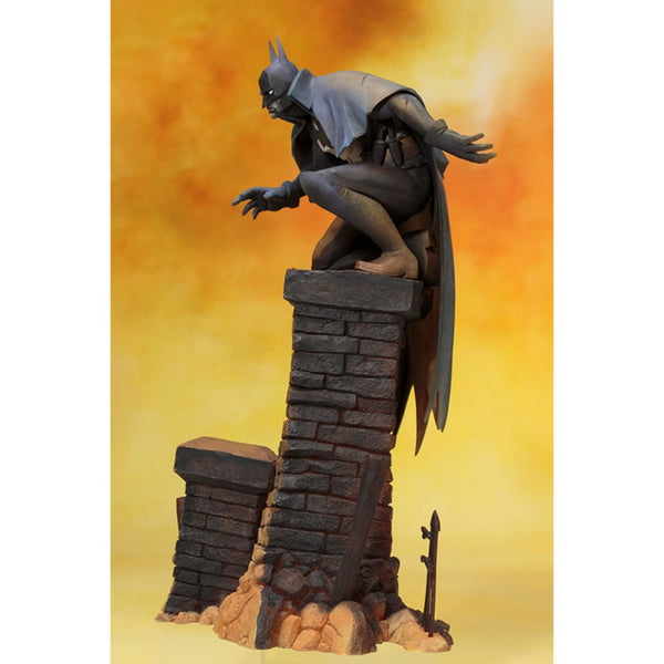 ARTFX Plus DC Universe - Batman Gotham By Gaslight Artist Finish