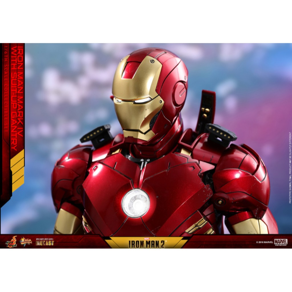 MMS462D22 - Iron Man 2 - Mark IV with Suit-Up Gantry