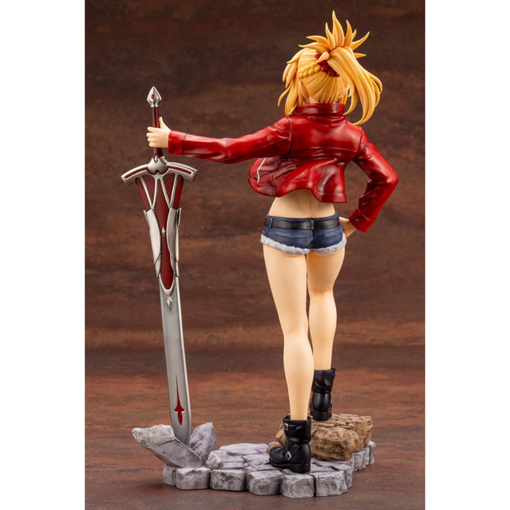 Fate Apocrypha - 1/7 Saber Of Red Figure
