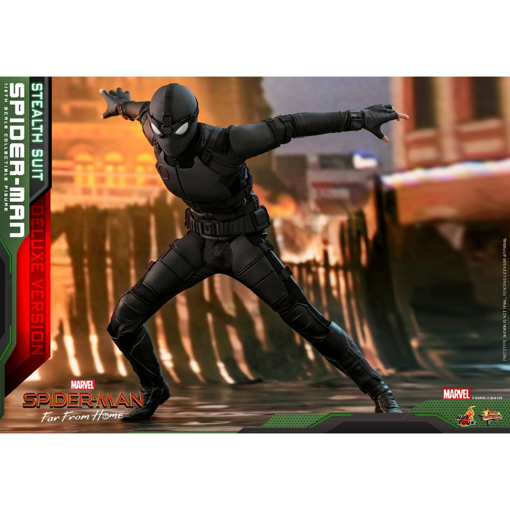 MMS541- Spider-Man: Far From Home - 1/6th scale Spider-Man Stealth Suit (Deluxe Version)