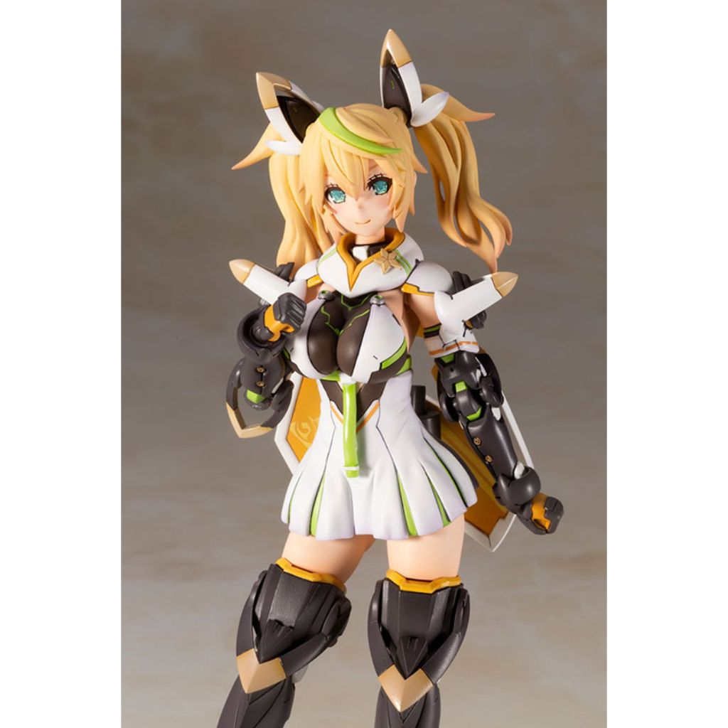 Phantasy Star Online 2 - Gene (Stella Innocent Version) Plastic Kit