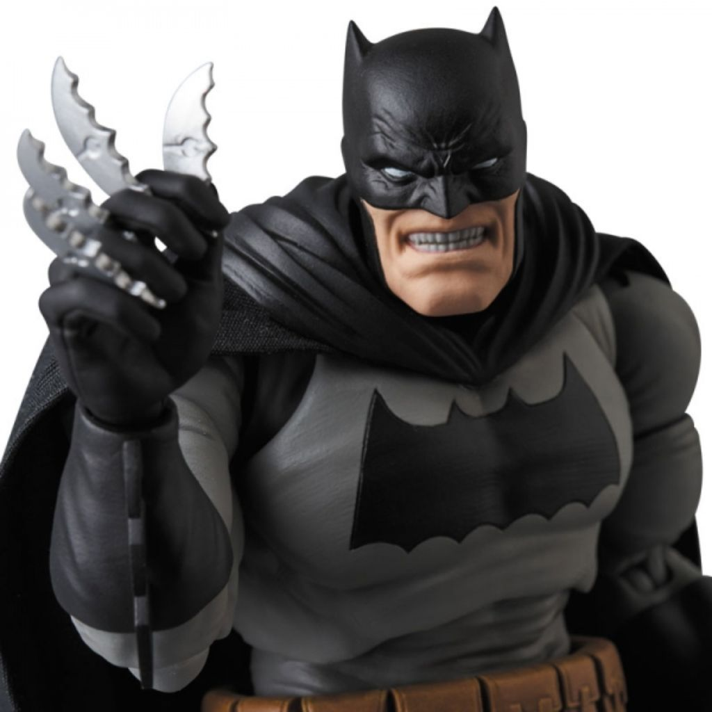 MAFEX 106 Batman - Batman (The Dark Knight Returns)