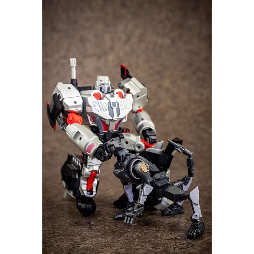Reformatted R-40 - Jaguar with Tyrantron Upgrade