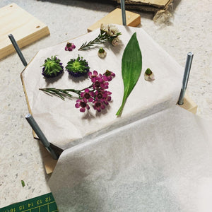 MAKE YOUR OWN BOTANICAL PRESS