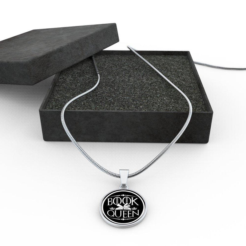 Book Queen Necklace - Awesome Librarians
