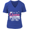 I'm The Queen Of My Classroom Shirt - Awesome Librarians