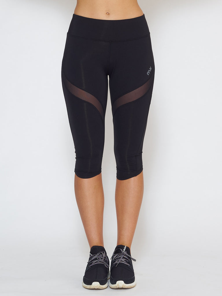 MUV Sportswear_IGNITE Knee-Length Legging_Colour Black_UV Protecting Sportswear