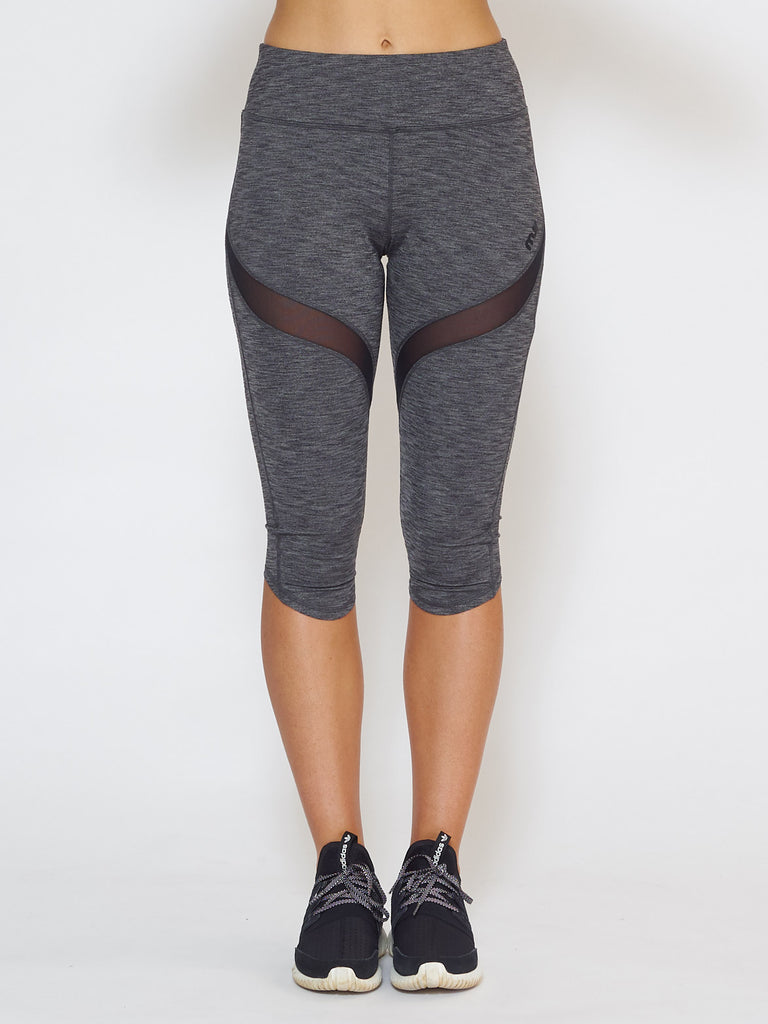 MUV Sportswear_IGNITE Knee-Length Legging_Colour Steel_UV Protecting Sportswear