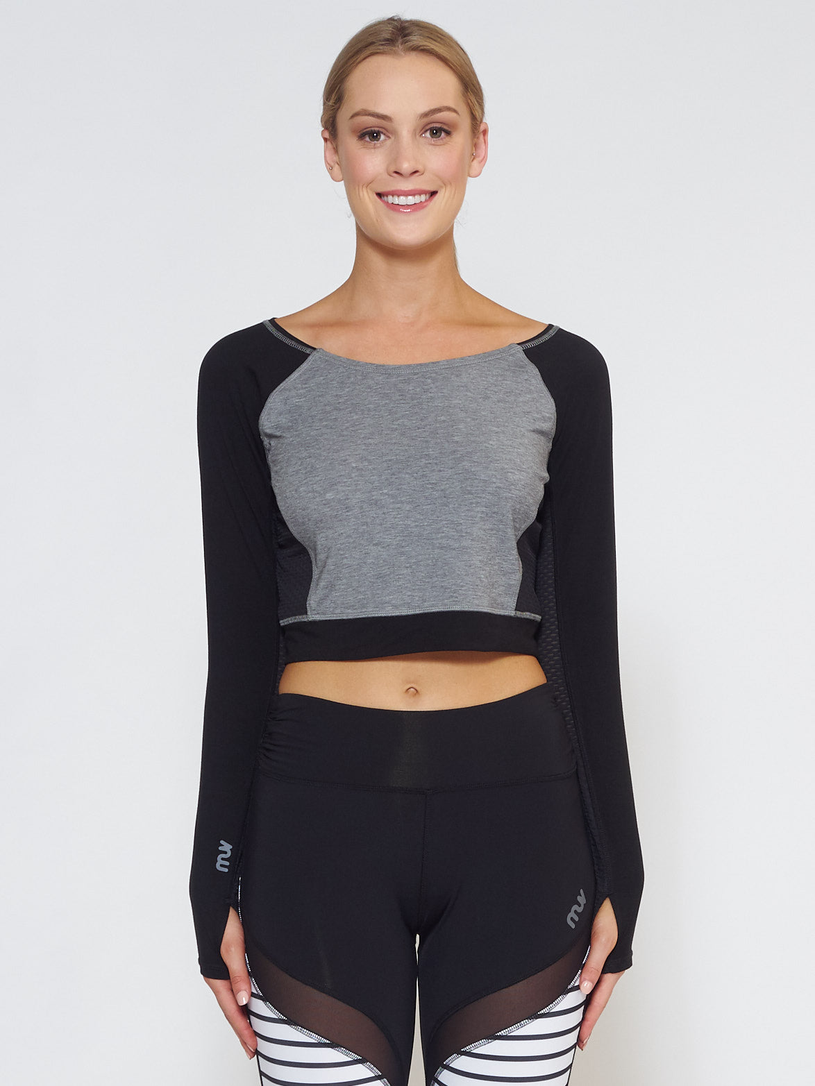 MUV Sportswear_VENT Long-Sleeve Crop_Colour Black_UV Protecting Sportswear