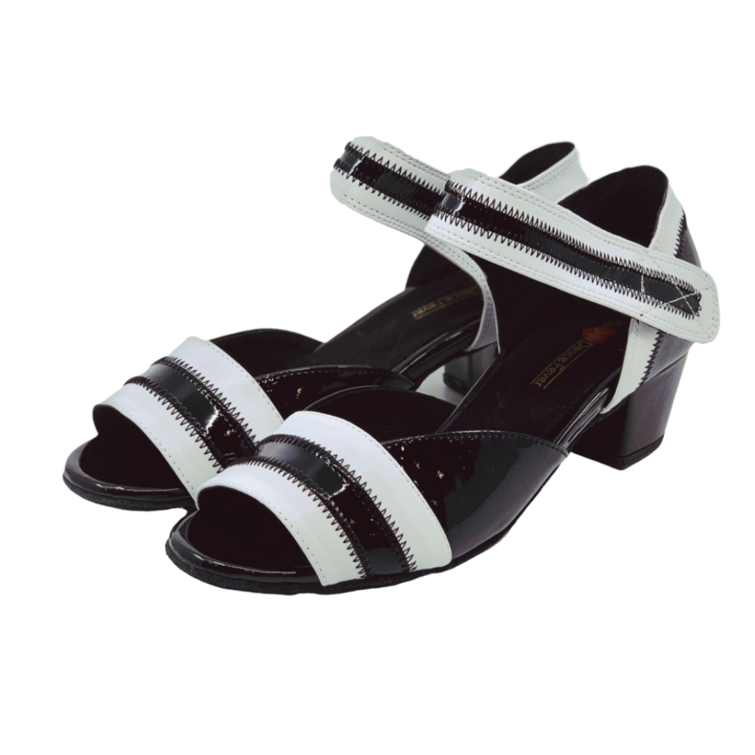 2018BW Ladies Open Toe Patent Leather Dance Sandal