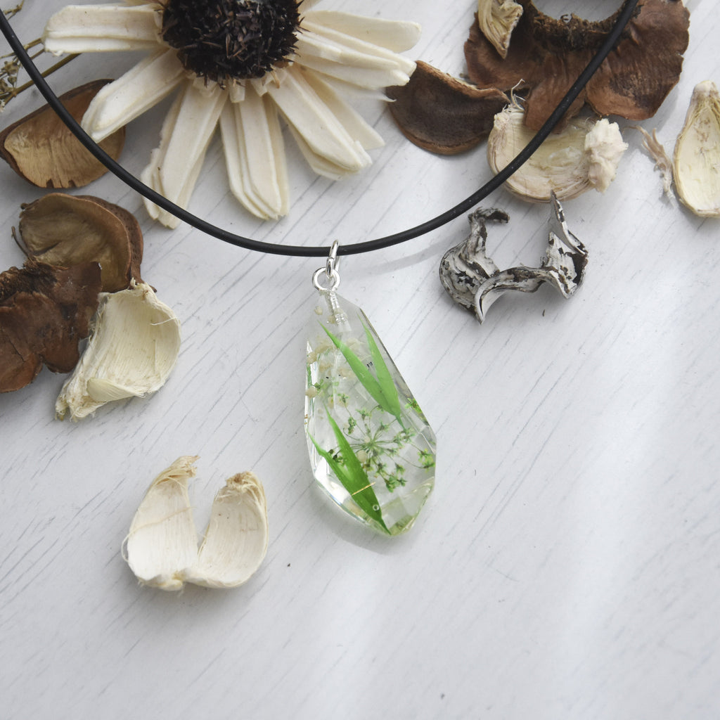 Quartz Necklace - Greenhouse