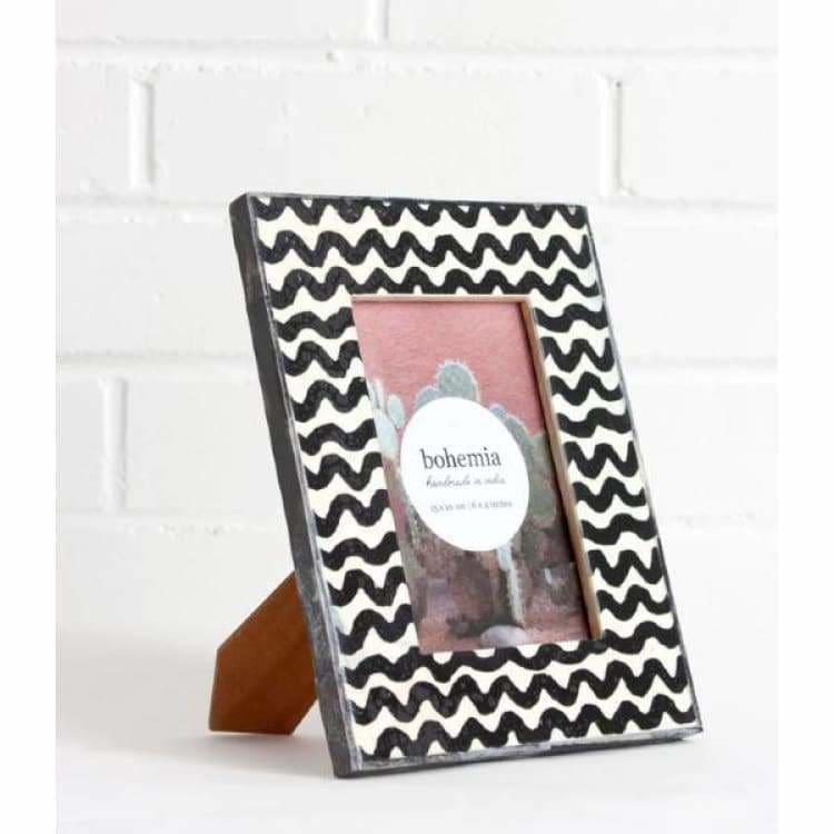 Wave Photo Frame - Grey