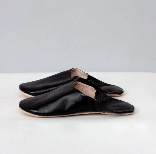 Men's Moroccan Black Slippers - Pink Pig