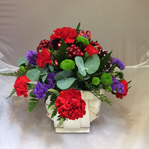 Christmas Petite Basket Art - Alan Brown Flowers Leeds