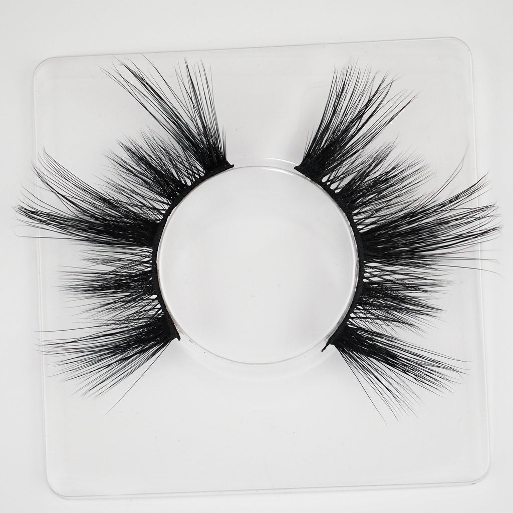 Widow Lashes