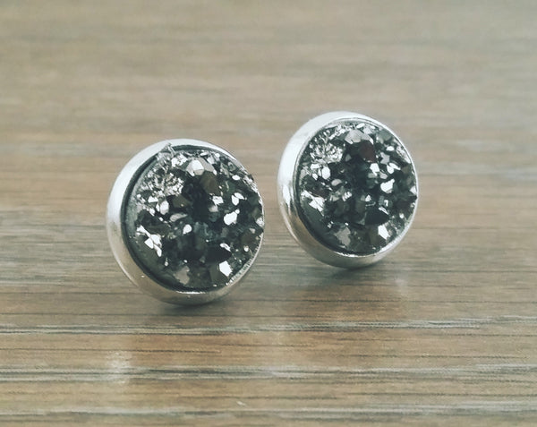 Small Druzy earrings- Gunmetal drusy silver tone stud druzy earrings