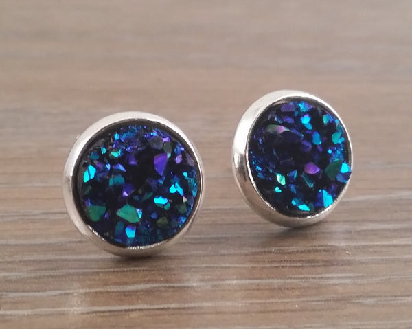 Small Druzy earrings- Ocean blue drusy silver tone stud druzy earrings