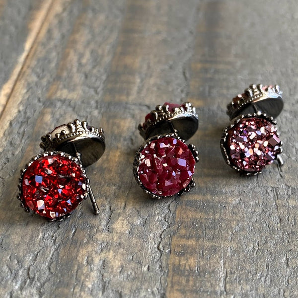 Maroon, red pear, and rose copper 10mm crown stud earring set (you pick setting tone)