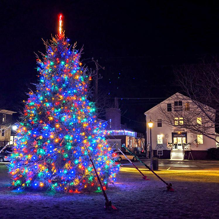 Holiday Stroll Through Downtown Mystic