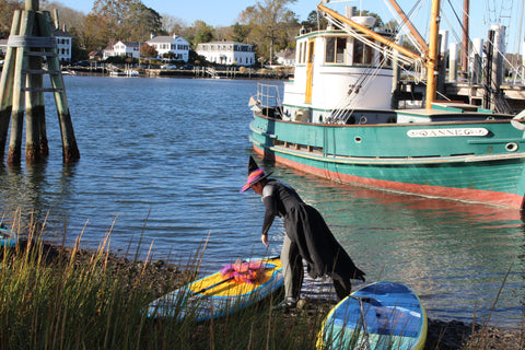 Witch preparing to paddle in Mystic