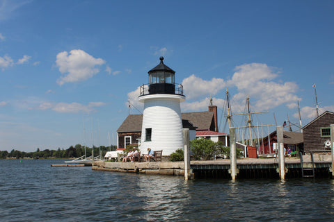 the brant point replica lighthouse