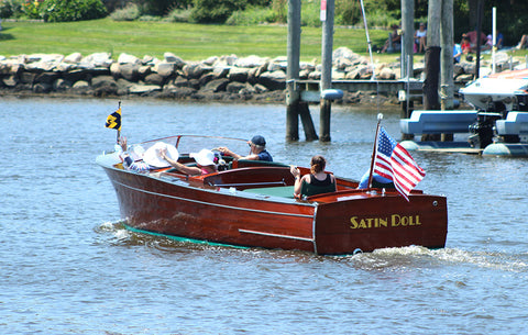 the antique runabout Satin Doll, a real beauty
