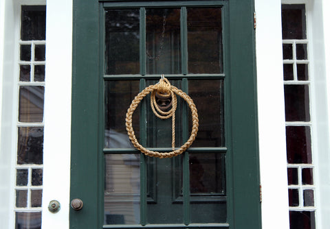 Mysitc Knotwork's wreath on a colonial door in Mystic