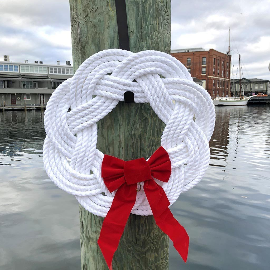 Sailor Knot Wreath or Centerpiece, White - Mystic Knotwork nautical knot