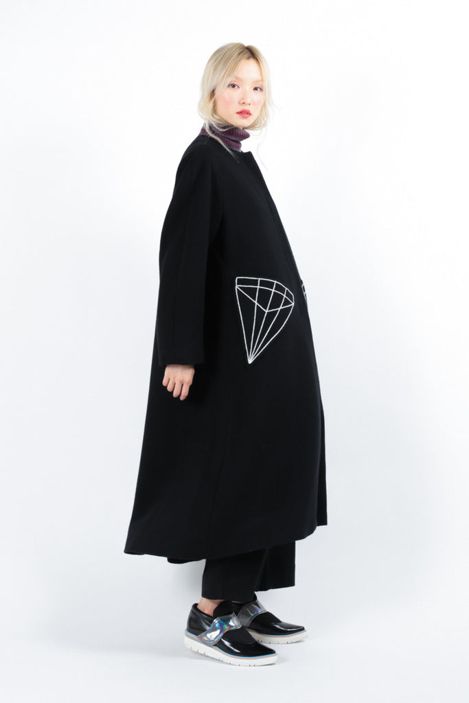 Minimal Diamond Coat