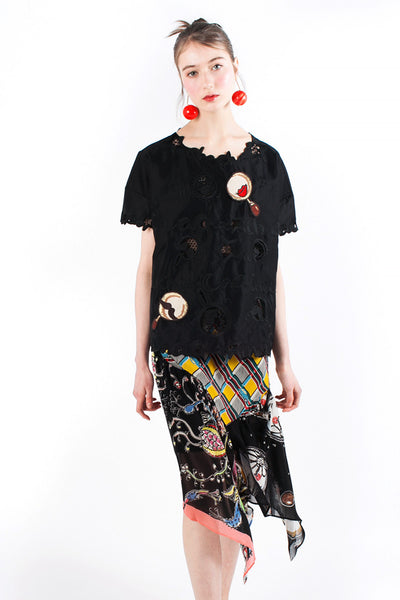 Embroidered «Chachacha Red Lips» Top