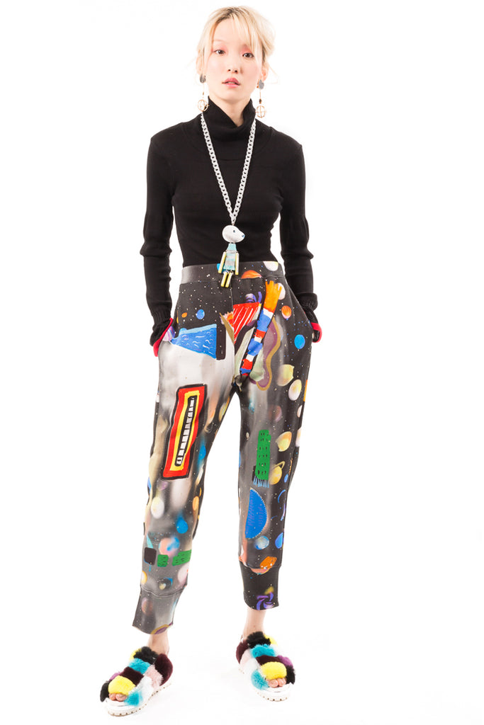 TC Universe Graphic T Pants