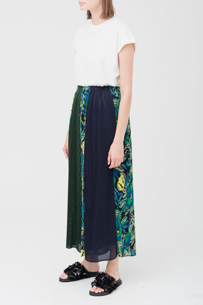 Flower Pleats Wide Pants