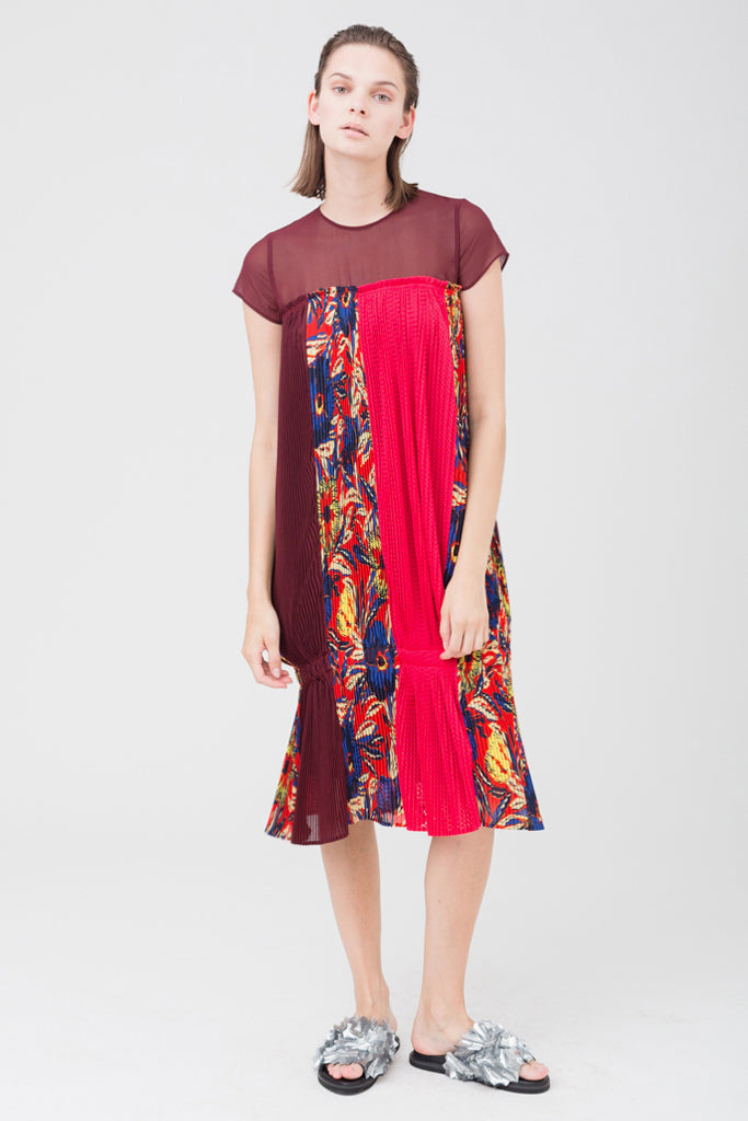 Flower Pleats Dress