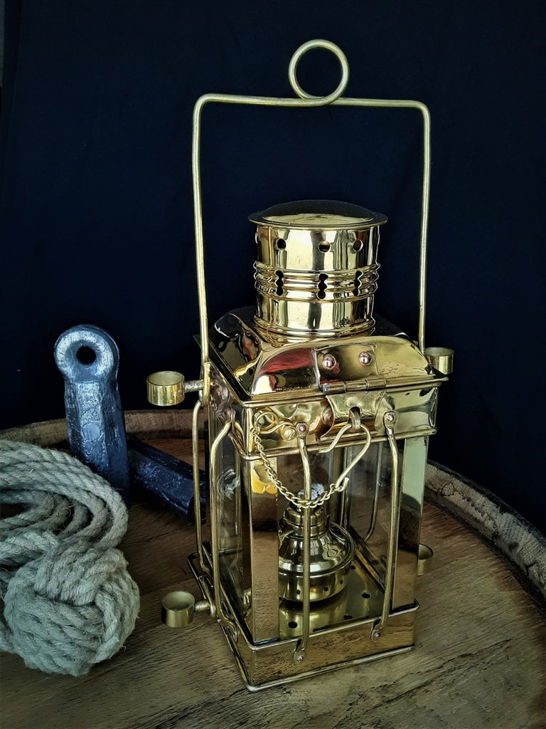 Windjammer Ships Cargo Lamp - Key Largo, FL