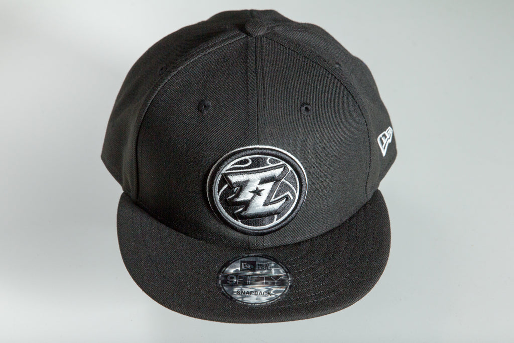 New Era Legends Black and White 9FIFTY