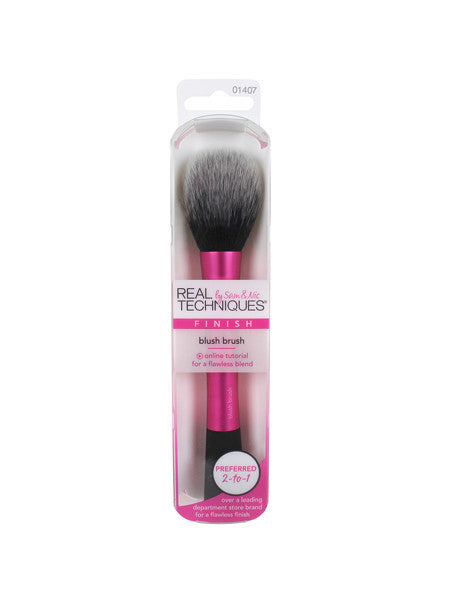 Real Techniques Blush Brush - CleanSkin.dk