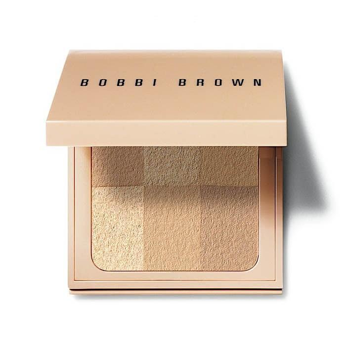 Bobbi Brown Nude Finish Illuminating Powder Light To Medium 6.6g - Beautyvonappen.dk