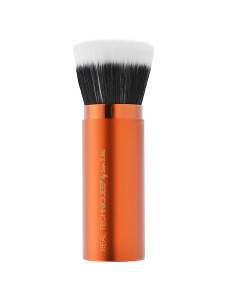 Real Techniques Retractable Bronzer Brush - CleanSkin.dk