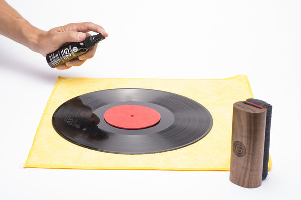 GrooveWasher Record Cleaning System with Display Block