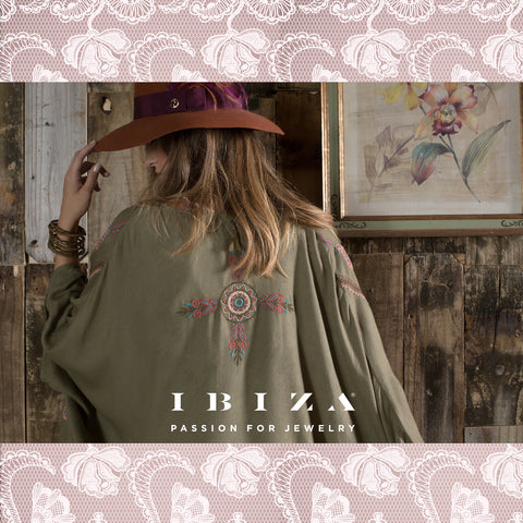 Flores bordadas estampadas encajes moda outfits looks otoño invierno cover up kimono verde - Blog IBIZA PASSION boho chic luxe fashion