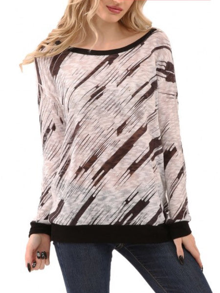 Black and White Diagonal Design Lightweight Top
