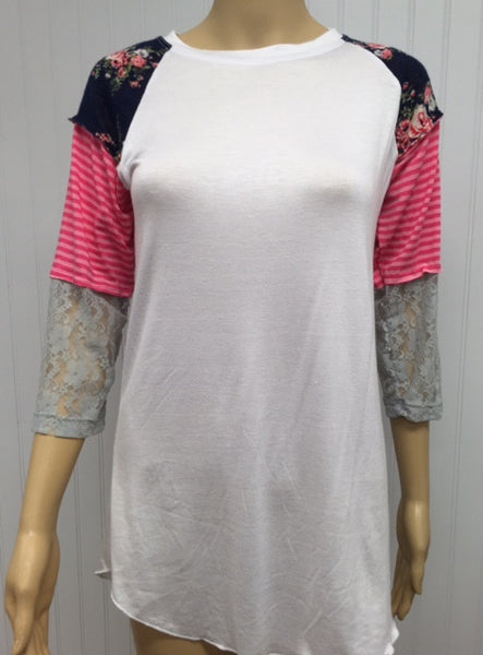 Raglan Tee in Navy/Pink & Lace
