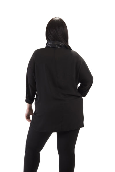 3/4 Sleeve Black Turtleneck Top with Pocket